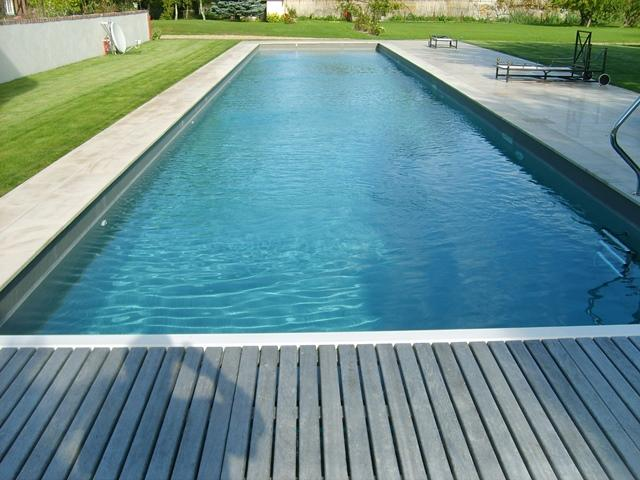 renovation piscine polyester couleur gris ardoise